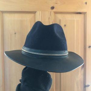 Zara Faux Leather Brim Zipper Wool Top Hat